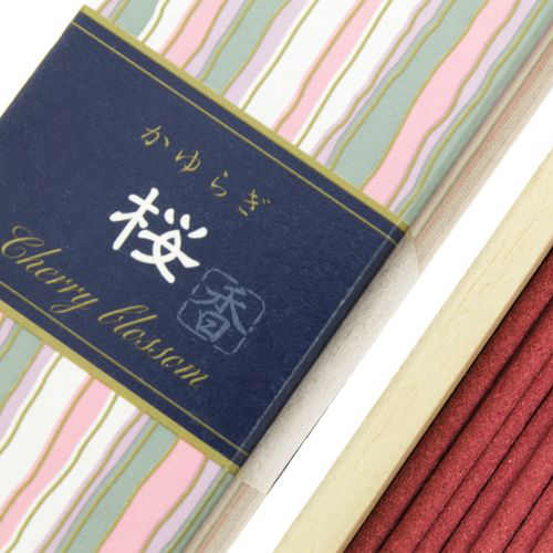 Incienso Japonés Kayuragi Flor de Cerezo Detalle