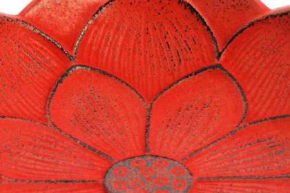Incensario Iwachu Flor de Loto Rojo Detalle